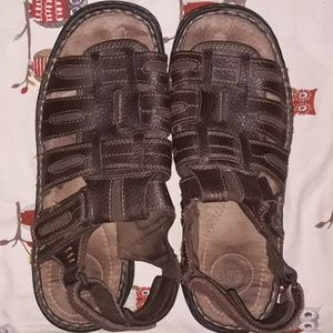4/$20 Croft & Barrow mens sandals